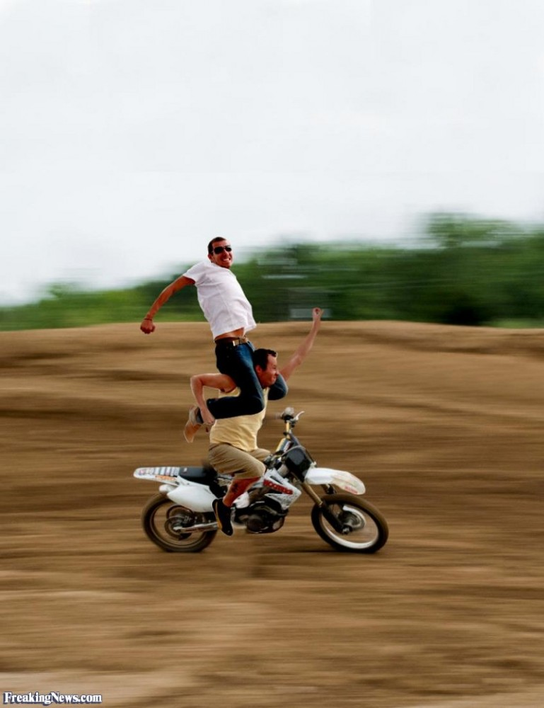 Motorcycle-Stunt--97664